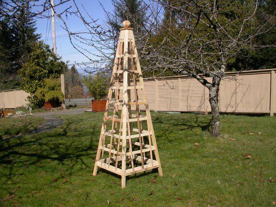 Obelisk Trellis Garden Structure