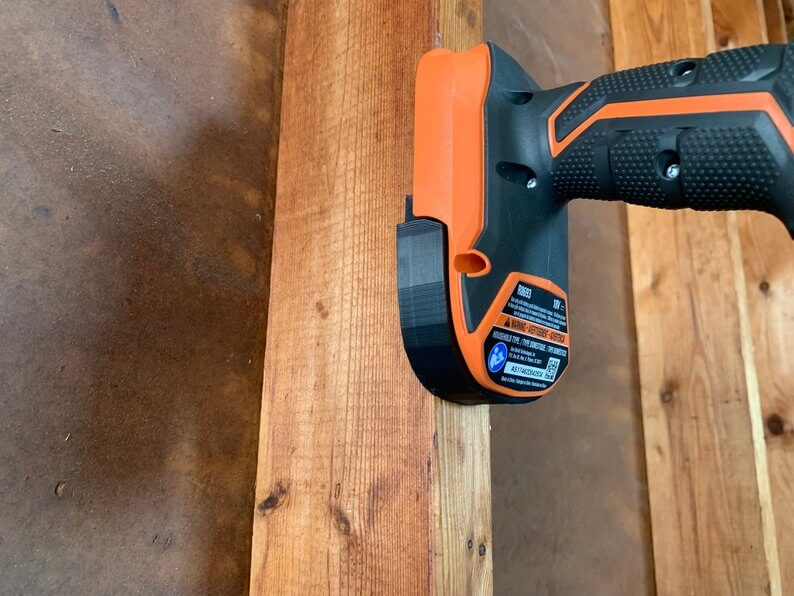 Wall-mounted power tool storage dock