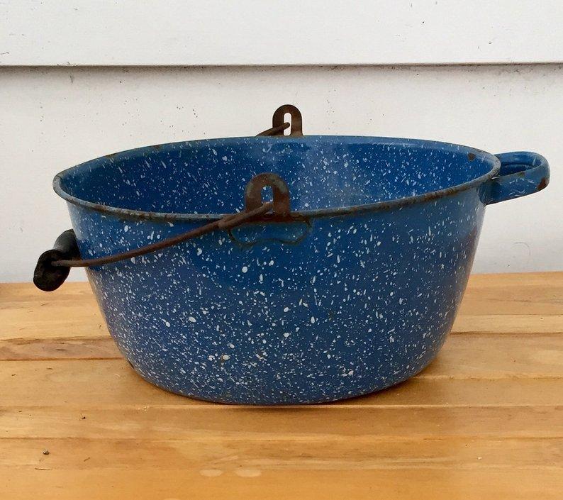 Vintage blue speckle graniteware pot