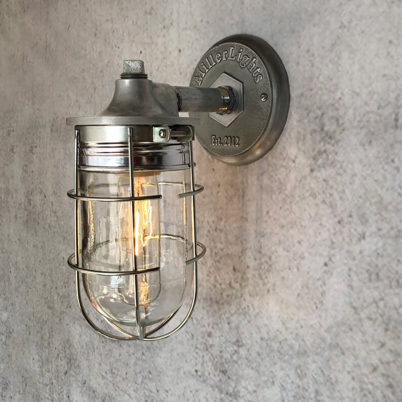 Outdoor industrial wire sconce