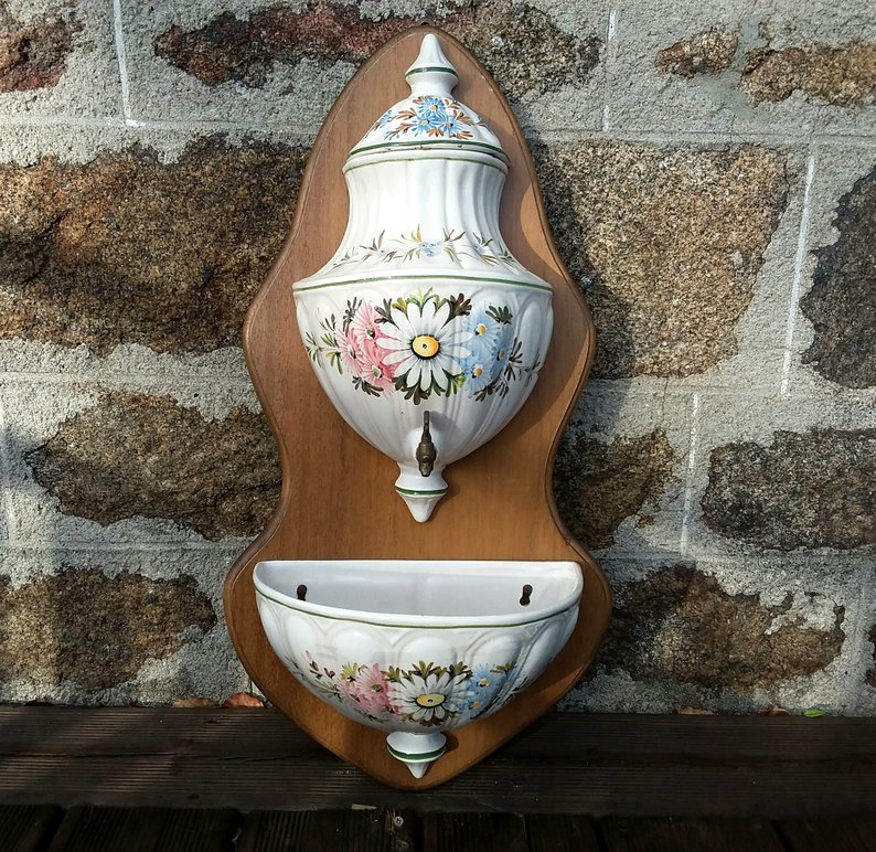 Wall mounted Vintage bird bath