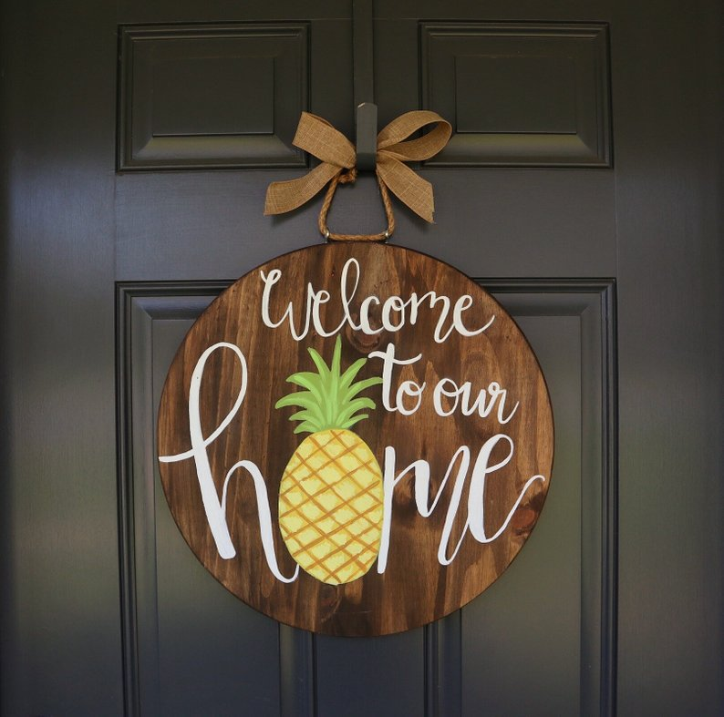 Pineapple Door Hanger for Summer