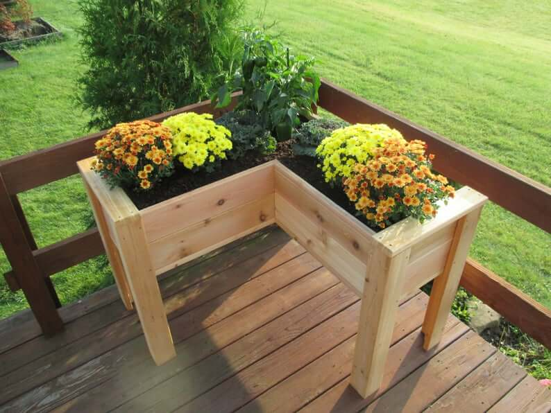 L-shaped Cedar Raised Flower Bed